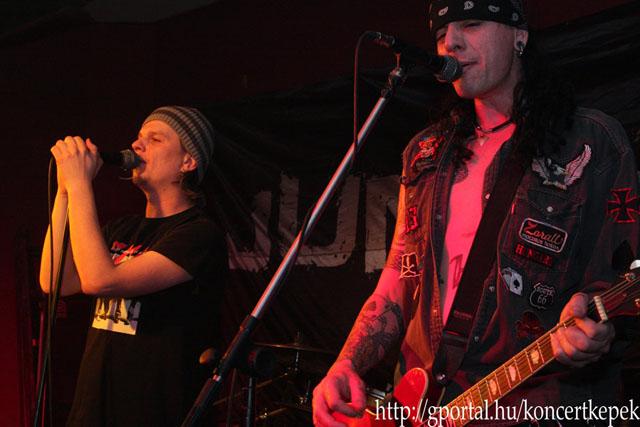 Junkies - Red Rocket, 2010. 11.12.
