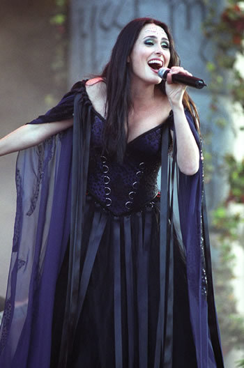 Interjú – Sharon Den Adel (Within Temptation)